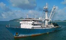 Un nuevo atunero vizcaíno escapa de un ataque pirata en el Índico