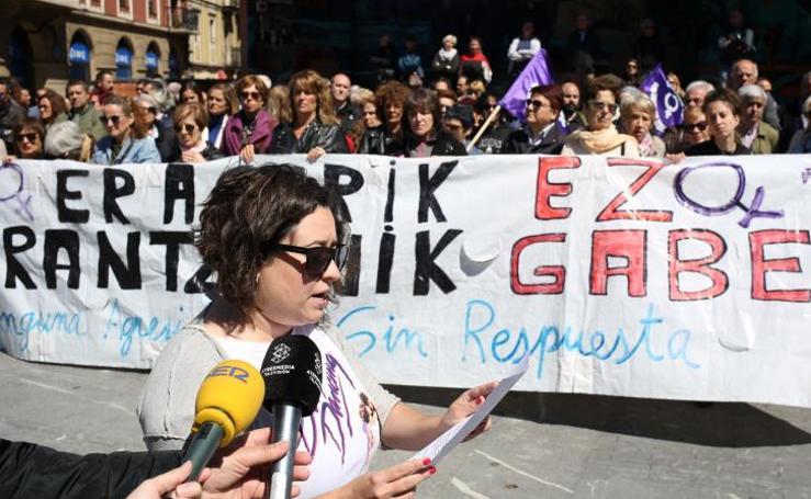 Concentración en Barakaldo por la agresión sexual a una menor