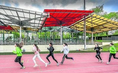 El módulo de atletismo se trasladará a la zona de las pistas de pádel y baloncesto en Mendizorroza