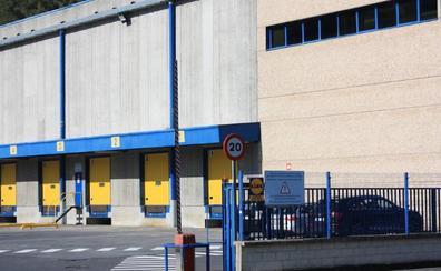 La plantilla de Lidl en Llodio «se siente engañada» por el cierre del almacén logístico