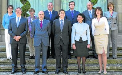 Diez años de la llegada de los socialistas a Ajuria Enea