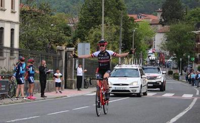 Lazaine inaugura la Vuelta a Álava