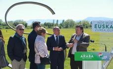 González apuesta por la transición energética y las renovables en Álava