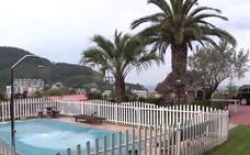 Un chalet en Bakio para bañarse en la piscina viendo el mar