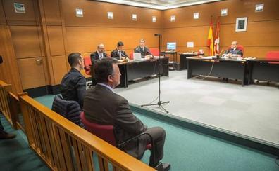 La Fiscalía rebaja a 15 meses de prisión y la retirada de carné los cargos contra el director de Mercedes