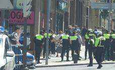 Un hombre herido en una pelea entre varias personas en Zorroza