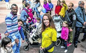 «Si no valoramos tener hijos, será difícil poder regenerar esta sociedad envejecida»