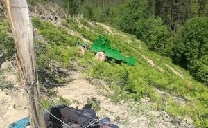 Muere un hombre de 86 años al caer con su tractor por una ladera en Etxebarria