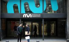 La Universidad de Mondragon ofrece becas de 700 euros al mes a cien universitarios