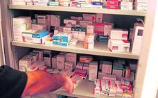 Los farmacéuticos recurren el decreto vasco que regula los medicamentos en residencias