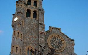 Etxebarri realza la iglesia de San Esteban con iluminación nocturna