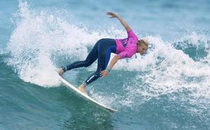 El surf parecía muy hippie y tolerante, pero ha dejado a las chicas de lado hasta hace poco
