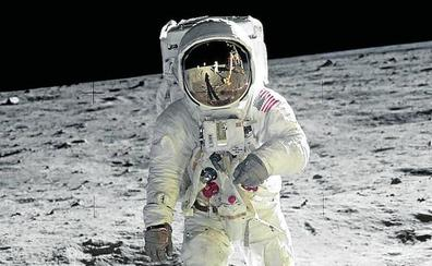 La NASA quiere llevar a una mujer a la Luna en 2024