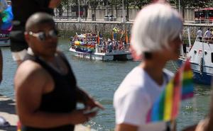 Bilboko Udalak LGTBI fobiaren aurkako programa jarri du abian