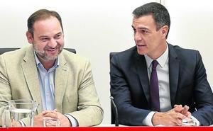 El PSOE renuncia a la mayoría absoluta en la Mesa del Senado y cede un puesto al PNV