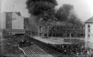 Cien años del incendio en La Alhóndiga