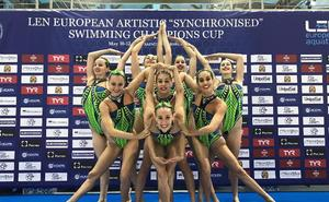España logra un oro europeo en natación artística con AC/DC