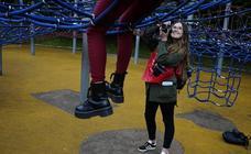 200 personas fotografían Bilbao en el maratón solidario de ELCORREO