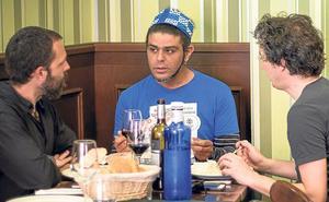 Mesa y mantel con Samir Lahdou sin guión ni grabadora