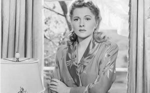 Joan Fontaine, hacia el éxito de la mano de Hitchcock