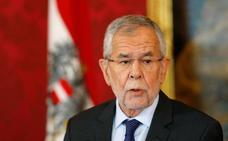 Kurz pone fin al experimento con los ultras austriacos