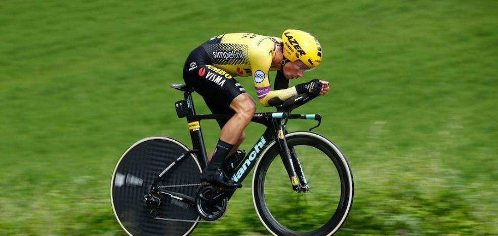 Roglic aplasta el reloj del Giro