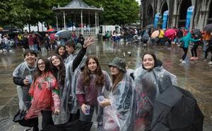 La ikastola Azkue de Lekeitio pide la ayuda de los euskaltzales para cubrir los gastos del Ibilaldia