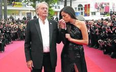 Alain Delon evita en Cannes la polémica