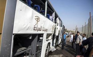 Egipto anuncia la muerte de doce terroristas tras el atentado de El Cairo