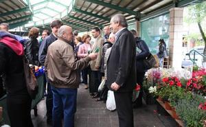 EA-PNV de Gernika sale de compras al mercado