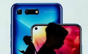 EE UU da un plazo de tres meses antes de imponer el veto a Huawei y a sus móviles