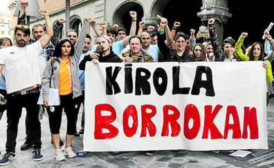Cursillos y gimnasios sin monitores y piscinas cerradas por los paros de los empleados de los polideportivos de Bizkaia