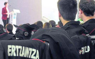 La exigente entrevista personal, una de las causas para no poder cubrir plazas en la Ertzaintza