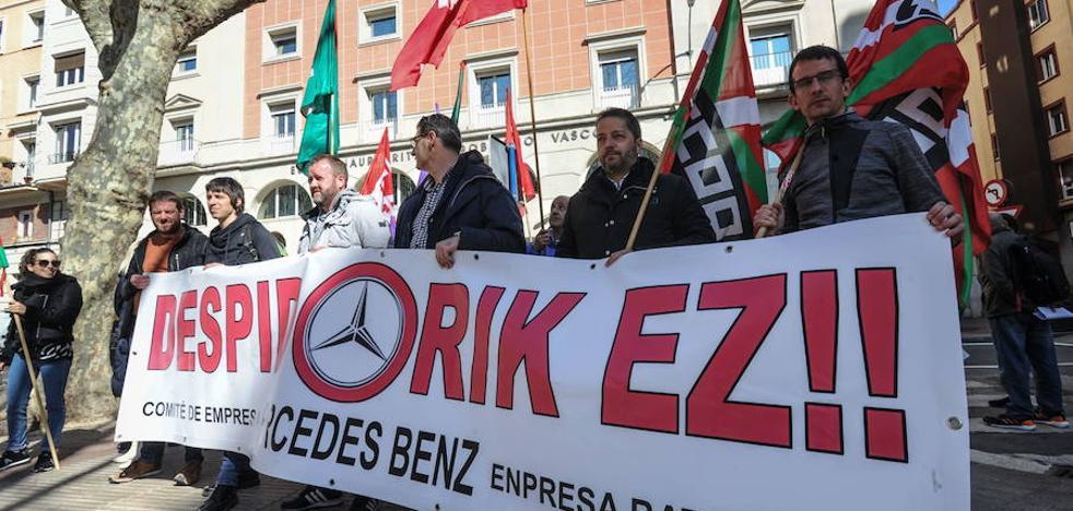 El comité de Mercedes convocará paros la próxima semana en protesta por los tres despidos