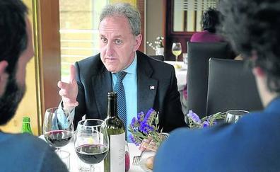 En torno a una mesa con Alfonso Gil (PSE)