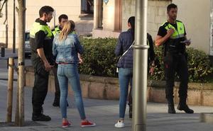 Detenido el joven que se fugó esposado y descalzo del ambulatorio de Deusto