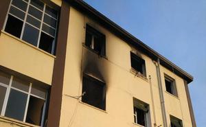 Un nuevo incendio en el edificio de Aretxabaleta donde murió un okupa