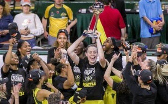 La WNBA echa a andar con sus cuatro principales estrellas lesionadas