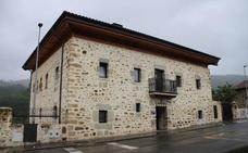 Ayala remodelará la calefacción de la ikastola y la 'casa Patxita' con el Plan Foral