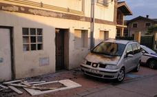 Urtaran se compromete a derribar el bloque abandonado de Aretxabaleta