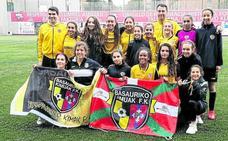 Basauri acusa a la Diputación de vetar a un equipo de fútbol femenino local
