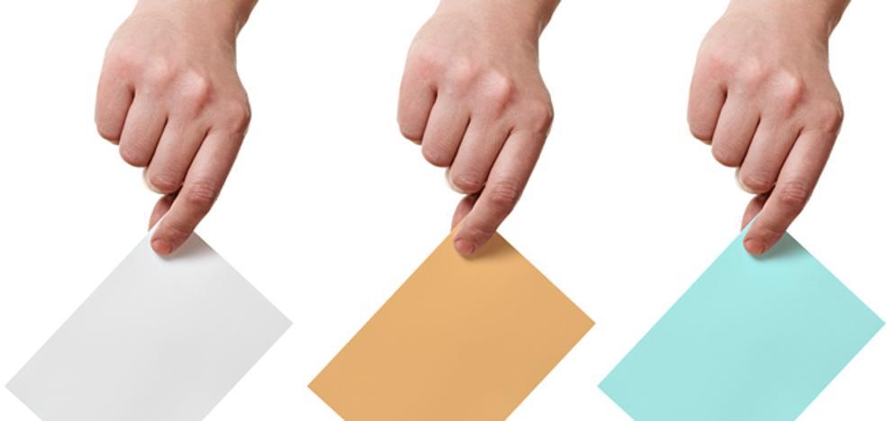 Papeletas de colores, listas cerradas... pequeña guía para 'enfrentarse' a las tres urnas este domingo
