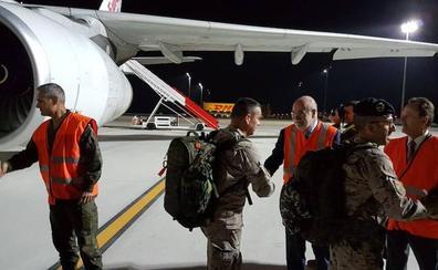 Tropas españolas desplegadas en Irak aterrizan en Foronda