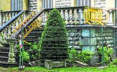 Desconocidos causan destrozos en el Palacio Zulueta de La Senda