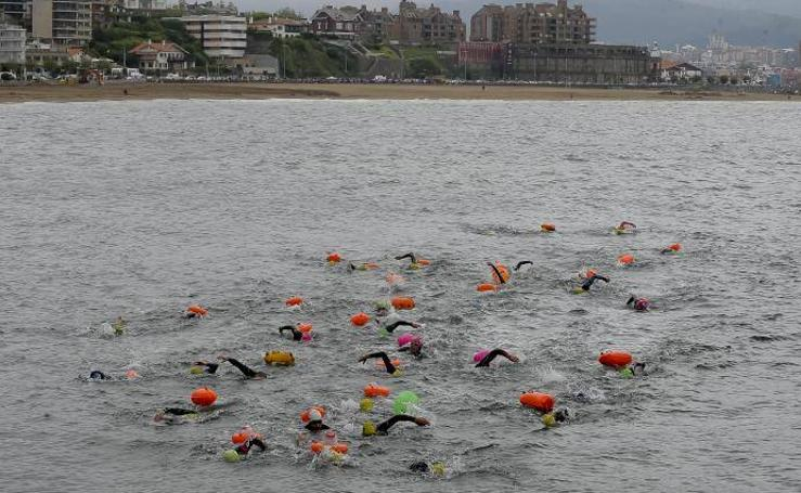 De Hondarribia a Muskiz a nado por una buena causa