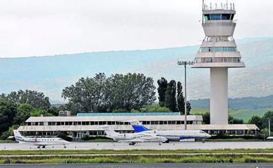 Un desvío, 20 chárter y 15 jets privados, balance del primer mes con H-24 en Foronda