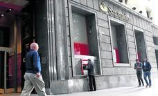 El Banco Santander prevé despedira 164 empleados en Euskadi, el 18%