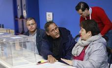 La jornada electoral en Álava, en imágenes