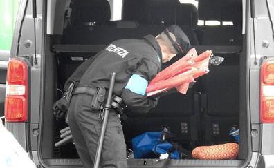 Tres detenidos por robar en un pabellón industrial en Legutiano