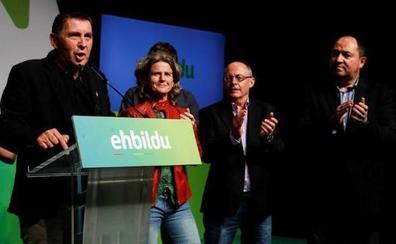 Bildu sufre derrotas simbólicas y no cumple sus expectativas